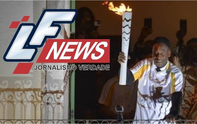Pelé quer acender a pira olímpica: 'uma honra'