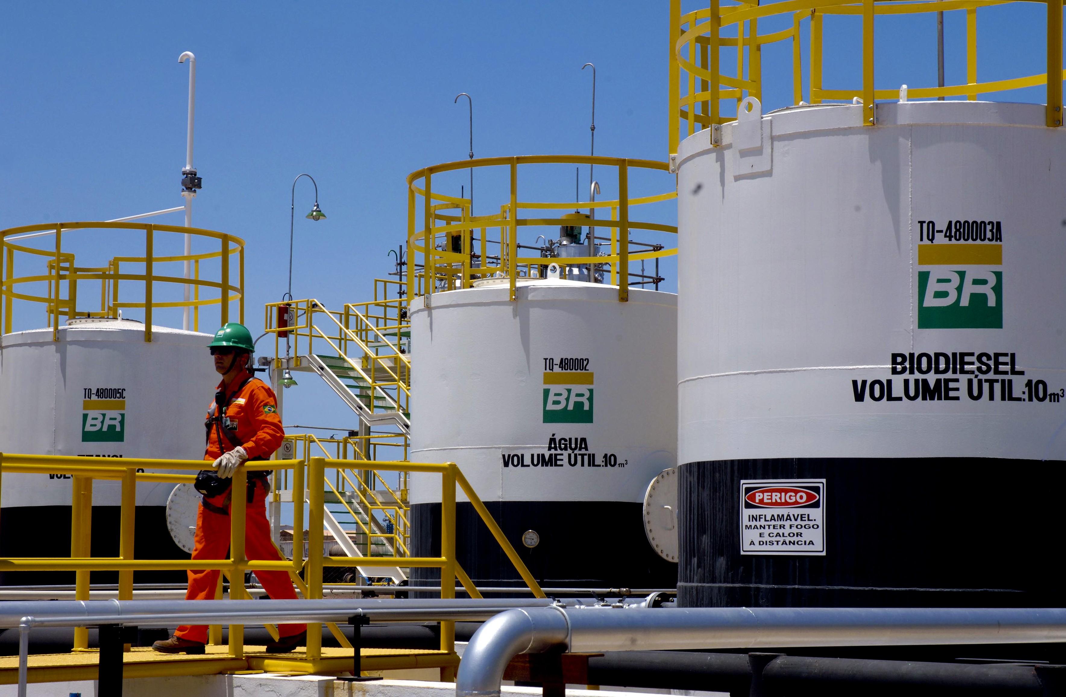 Lava Jato: Queiroz Galvão pagou R$ 10 milhões a alto escalão da Petrobras