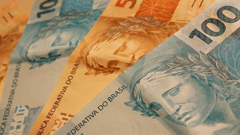 Partidos doam R$ 16 milhões na largada da campanha