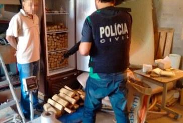 Polícia apreende 300 kg de maconha em sítio e dono foi preso