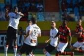 Precisando voltar a vencer para fugir da zona, Vitória recebe o Atlético-GO no Barradão