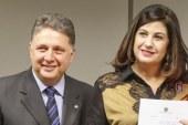 Gilmar Mendes retira tornozeleira eletrônica de Rosinha Garotinho