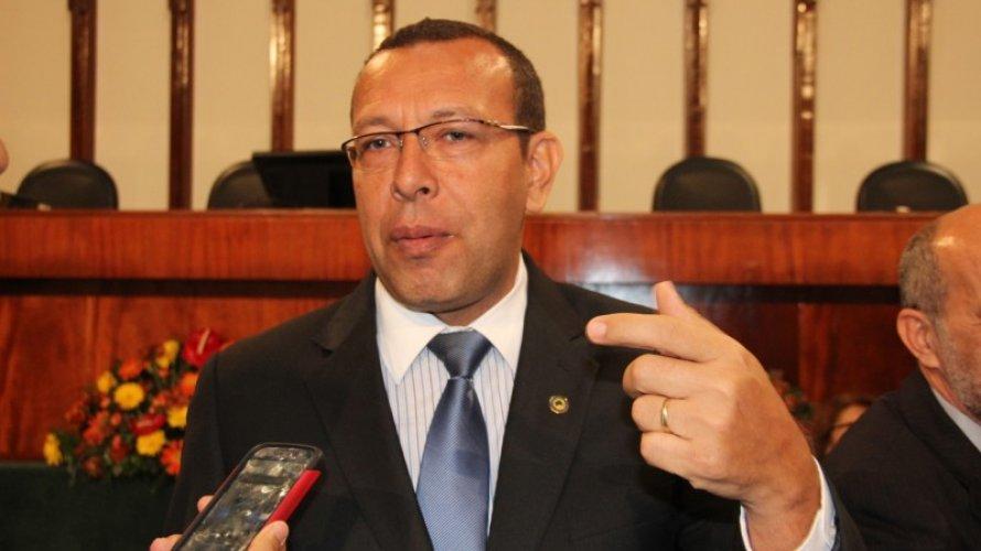 MP denuncia Prisco ao TJ e pede busca e apreensão em endereços do deputado