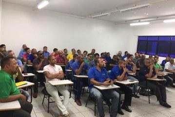 Settop qualifica taxistas de Lauro de Freitas para o Carnaval