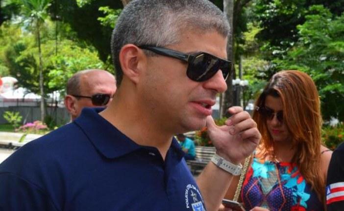 """'Prefeito só se preocupa com segurança na hora da festa"""", dispara Maurício Barbosa"""