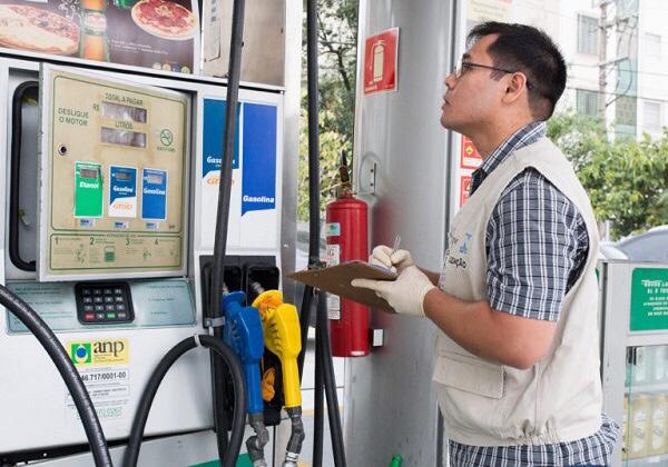Aumento do ICMS pode elevar preço da gasolina para R$ 4,68