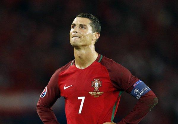 Cristiano Ronaldo ameaça entrar na Justiça contra revista alemã que o acusa de estupro