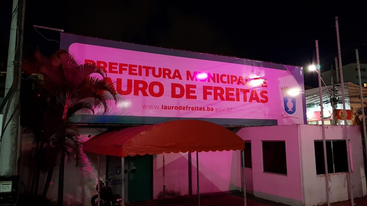 Lauro de Freitas se veste de rosa e abre campanha de combate ao câncer de mama nesta segunda (15)