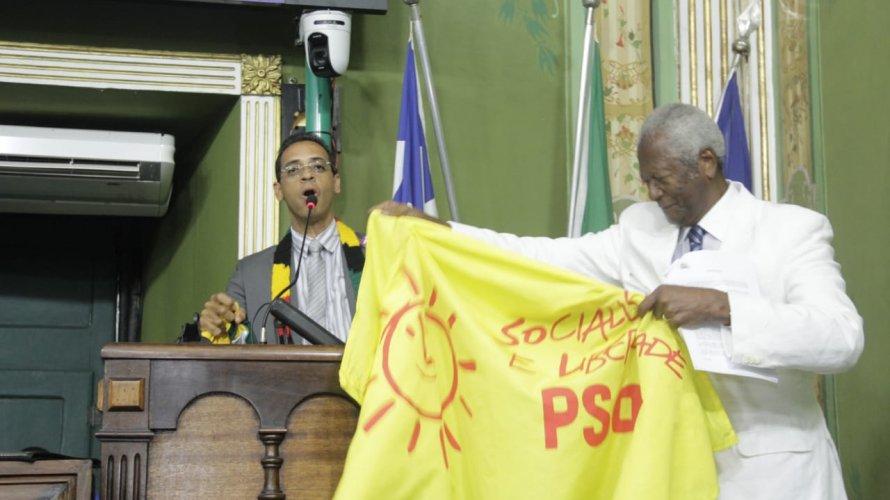 """Hilton Coelho comemora ida para AL-BA e dispara: """"Bolsonaro é uma farsa"""""""