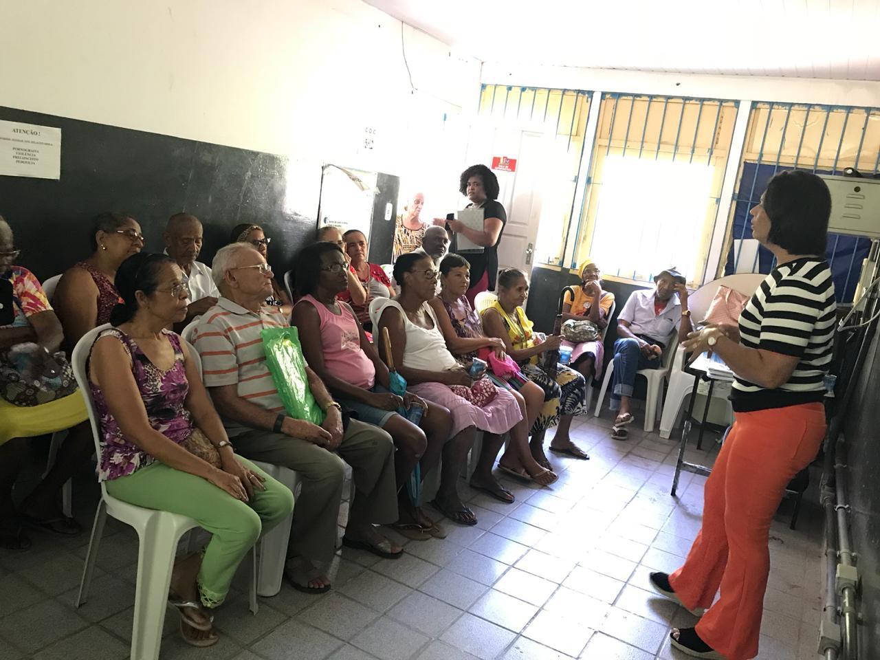 SETTOP promove palestra para idosos e pessoa com deficiência
