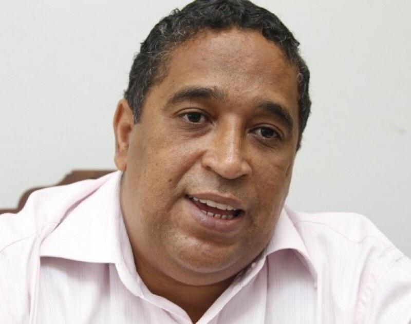 Mensagem do Secretário de Educação de Lauro de Freitas em homenagem ao Dia do Professor