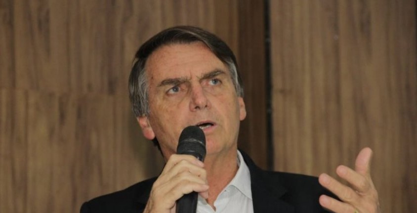 Bolsonaro estuda extinção do Ministério do Trabalho