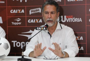 Presidente do Vitória afirma que Bahia é favorito no Ba-Vi de domingo
