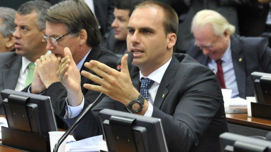 'Se for necessário prender 100 mil, qual o problema?', diz Eduardo Bolsonaro