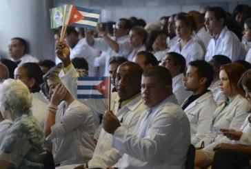 """Associação Médica critica """"retaliação"""" cubana ao Mais Médicos"""