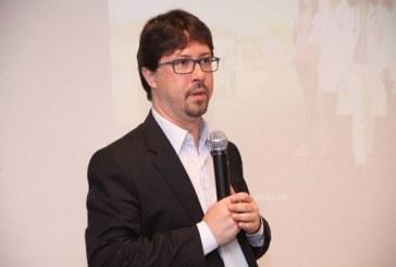 Ex-chefe do Mais Médicos: 'Será difícil repor 10 mil vagas'