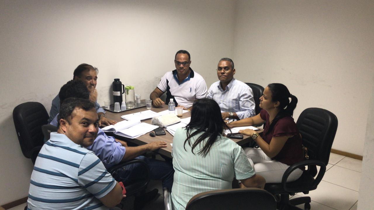 Lauro de Freitas: Vereadores reúnem-se e debatem nas Comissões