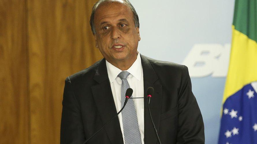 Pezão é o quarto governador do Rio de Janeiro preso, o primeiro durante mandato