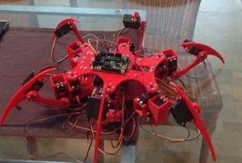 Estudantes de Lauro de Freitas criam robô Spider-Tech