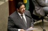 Candidato à presidência da Câmara defende aumento de salário para deputados