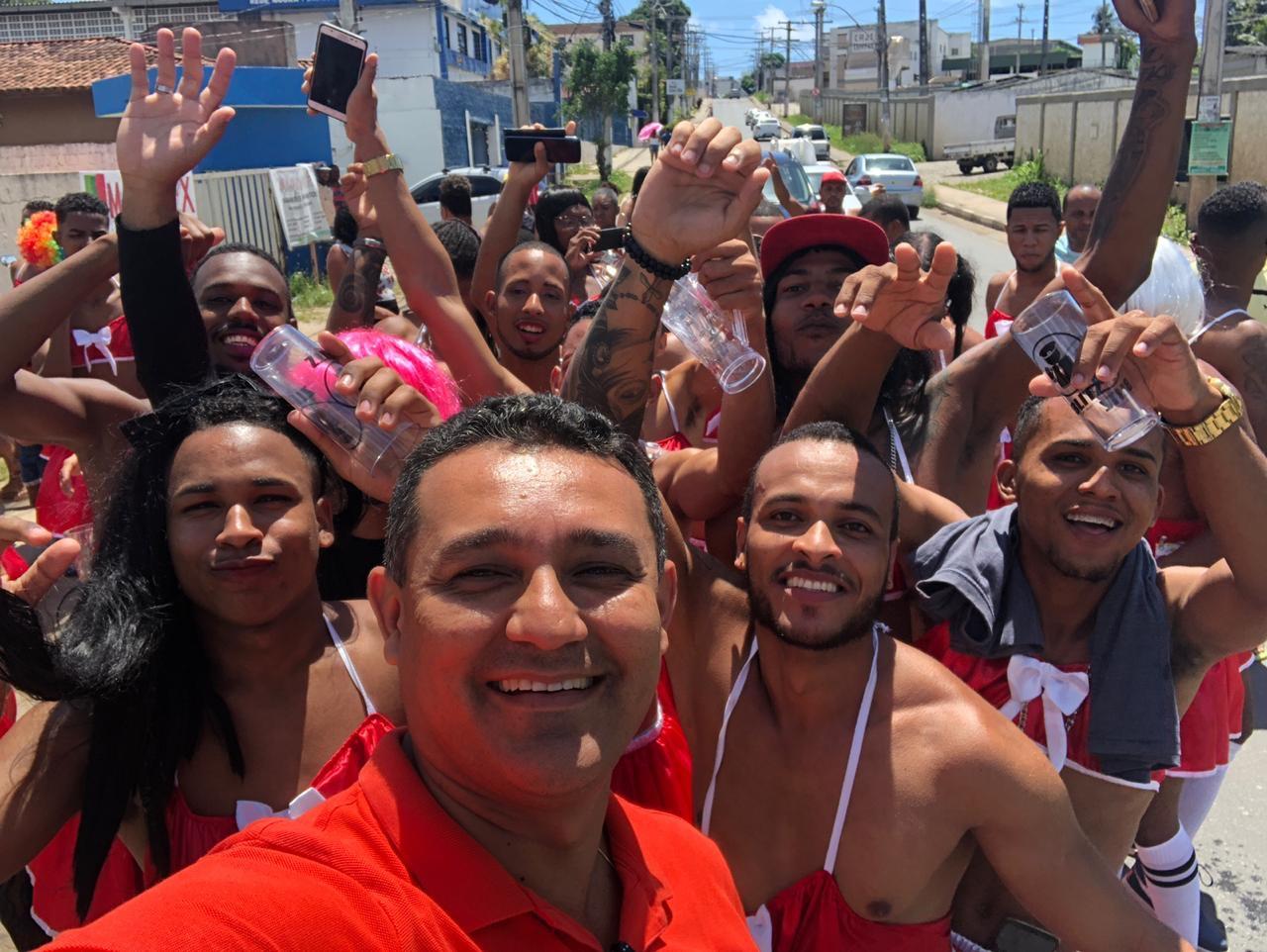 Alexandre Marques prestigia o 1º Baba de Saia Fest e traz show de Flavinho da Pagodart