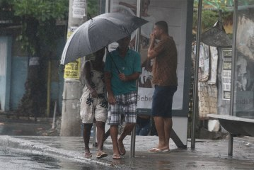 Salvador e 148 municípios recebem alerta máximo de temporal nesta quinta (6)