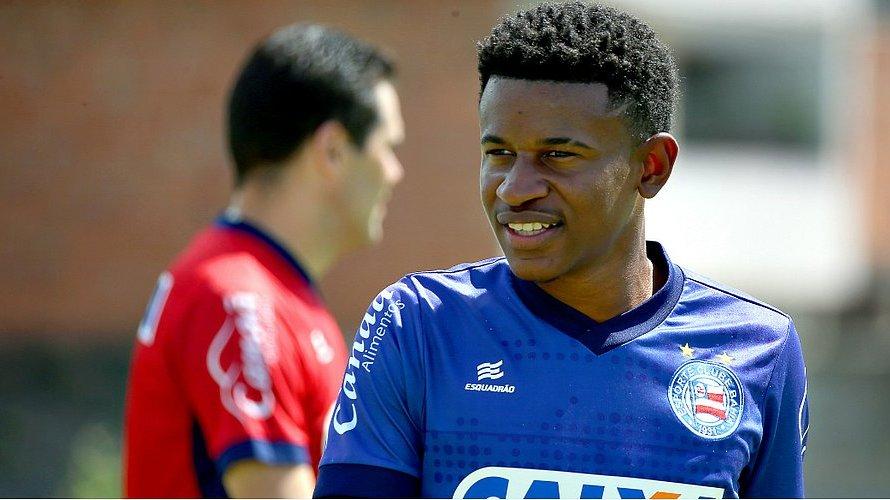 Santos deve oferecer R$ 13 milhões e mais três atletas por revelação do Bahia