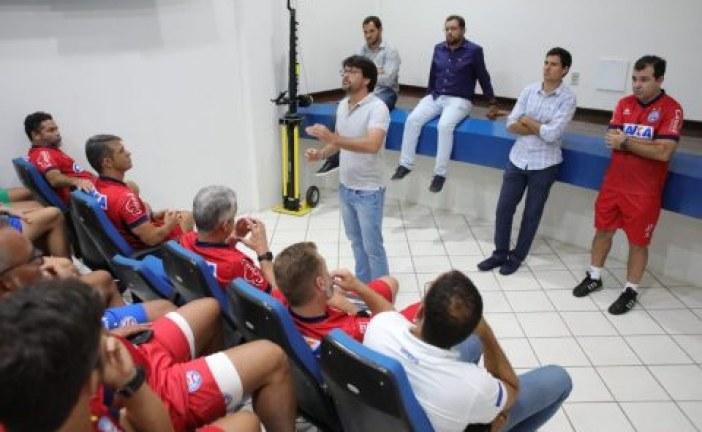 Sem anúncio oficial, novos contratados aparecem em foto tirada pelo presidente do Bahia