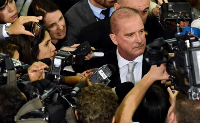 Está descartada eventual demissão do ministro do Turismo, diz Onyx