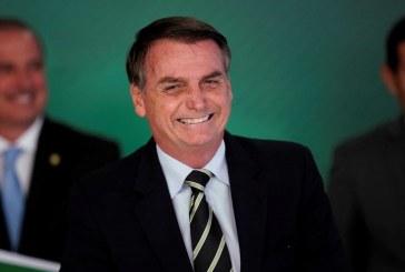 Ministro do STF suspende duas ações penais em que Bolsonaro é réu