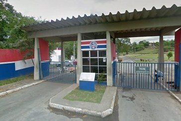 Bamor se reúne com diretoria e atletas do Bahia, faz cobranças e ouve que meia será dispensado