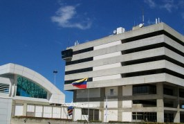 Com tropas, aviões militares russos pousam na Venezuela