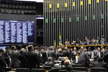 Contra Bolsonaro, Centrão prevê resgatar reforma de Temer