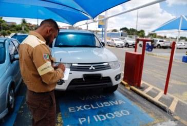 Agentes de trânsito de Lauro de Freitas intensificam fiscalização de vagas exclusivas