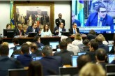 Centrão acena com acordo e oposição vai à Justiça contra votação na CCJ A