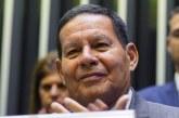 Maia arquiva impeachment contra Mourão