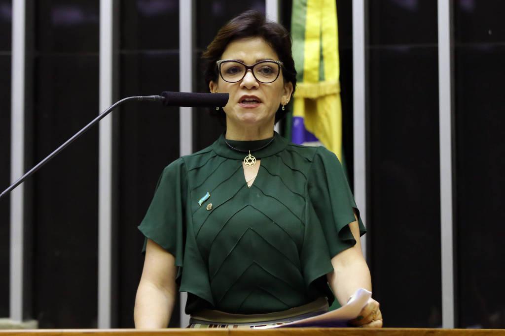 Planalto adota silêncio após relato de deputada sobre ameaça de ministro