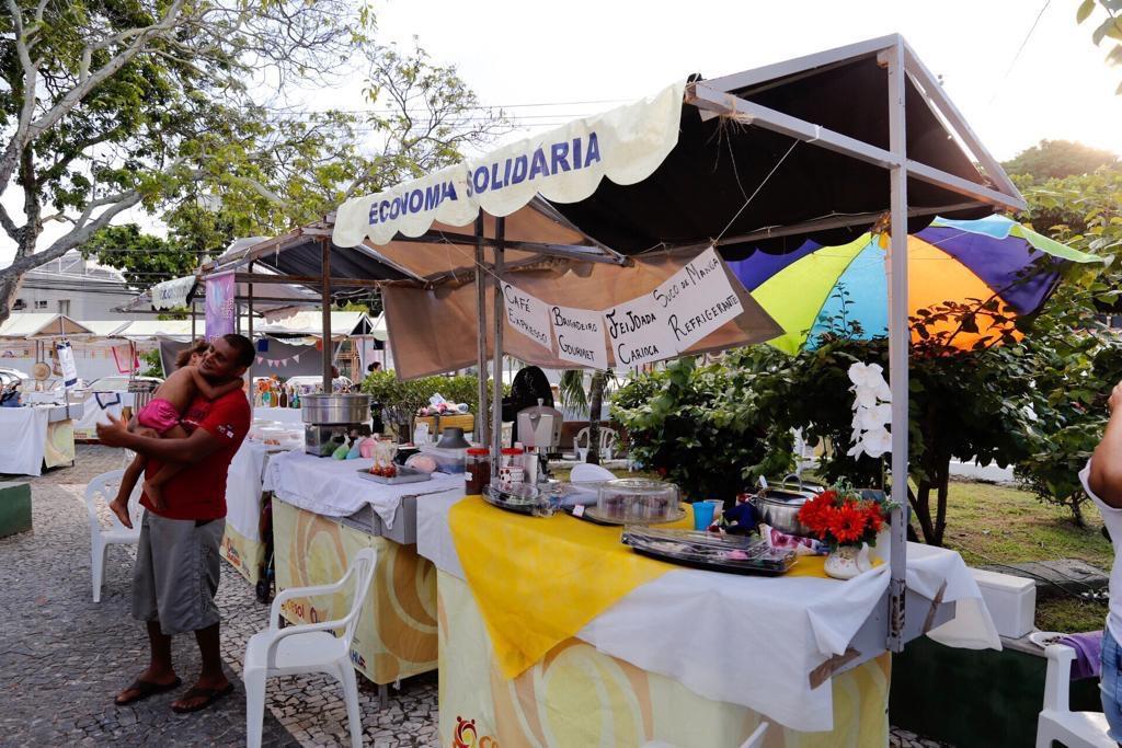 Feira da Economia Solidária marca final de semana em Vilas do Atlântico