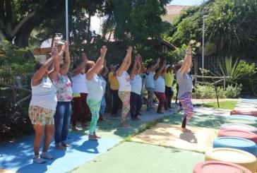 Saúde e bem estar são levados a idosos no Parque Ecológico em Lauro de Freitas