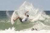 Atleta de Lauro de Freitas avança para as quartas de finais no Circuito Estadual de Surf