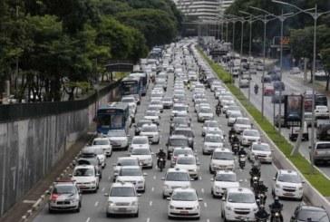 Alta da gasolina faz motorista de Uber no Brasil aderir a greve global