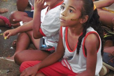 Circo de Só Ler estimula o prazer pela leitura aos educandos da rede municipal de Lauro de Freitas
