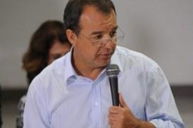 """Sérgio Cabral é punido com isolamento por """"cinema"""" em cela"""