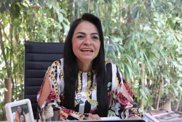 Moema anuncia inaugurações durante programa Palavra de Mulher