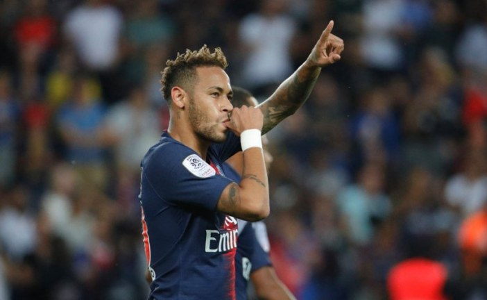 PSG ameaça deixar Neymar sem jogar até 2022