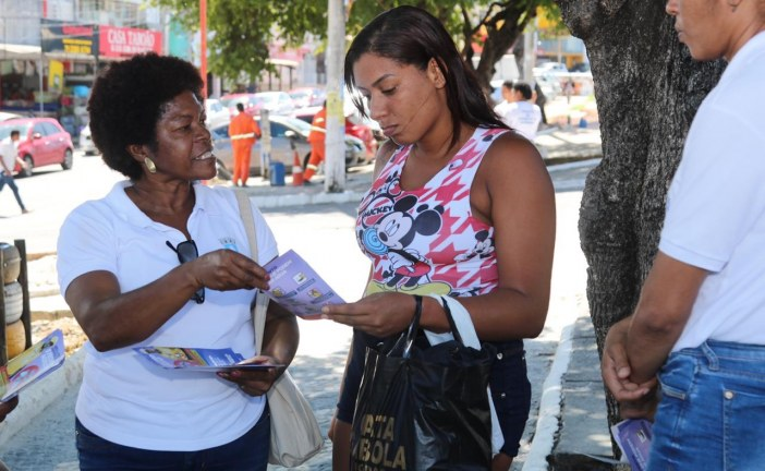 Agentes de endemias intensificam combate ao Aedes aegypti no Centro de Lauro de Freitas