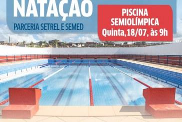 Prefeitura realiza aula inaugural de natação para alunos da rede municipal