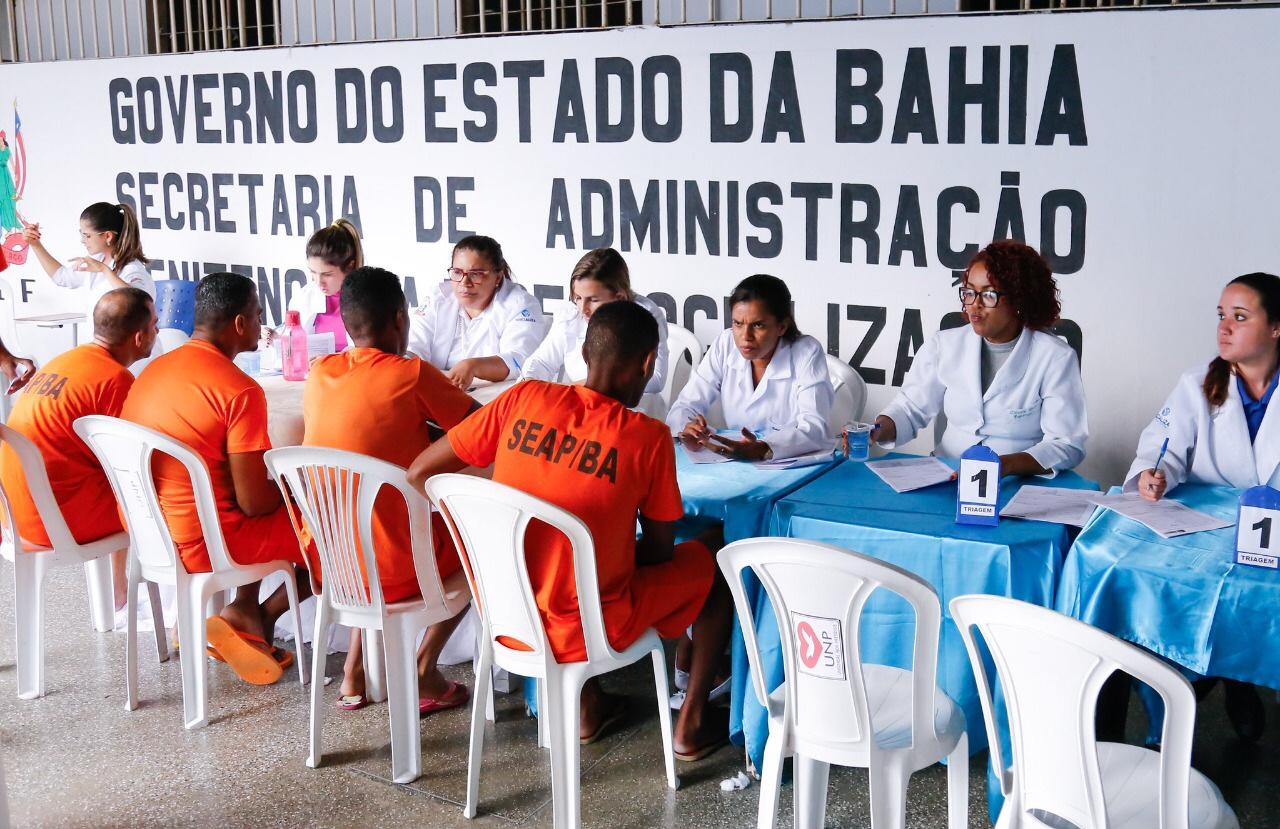 Mutirão da Saúde atende reeducandos do Conjunto Penal Lauro de Freitas