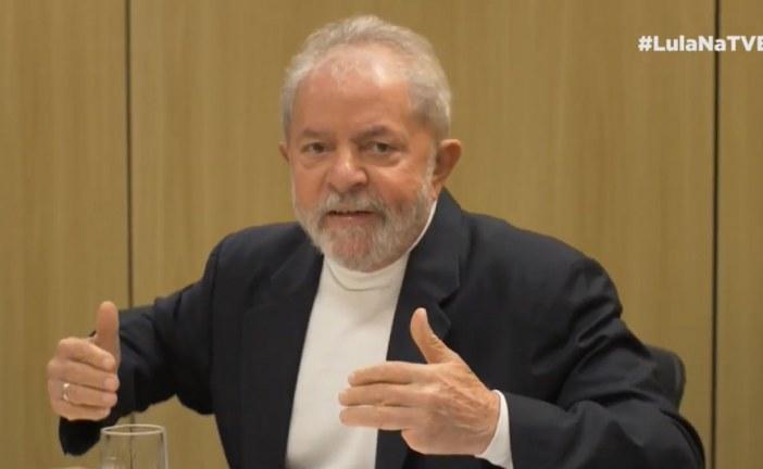 Lula diz que vai provar, da cadeia, que Moro e Deltan são bandidos. Assista a entrevista na íntegra