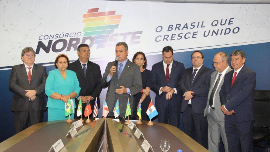 Ala majoritária do PT defende que governadores do Nordeste sejam principal oposição a Bolsonaro